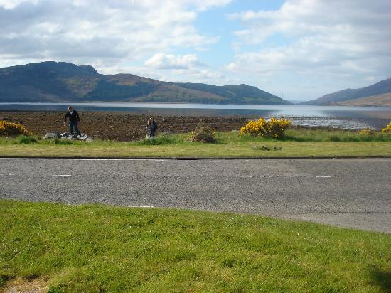Balmacara Hotel: View from the front of hotel