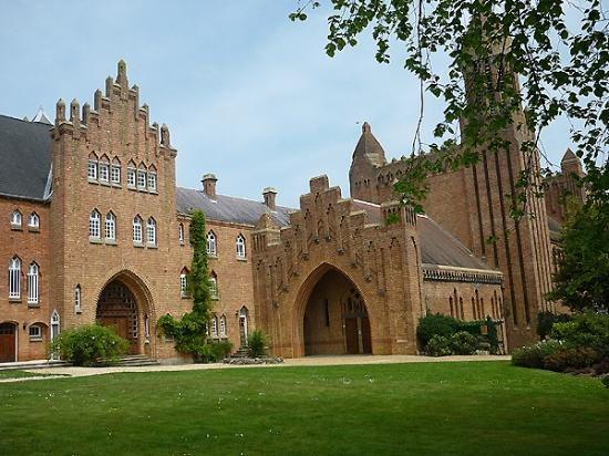 Quarr Abbey Guesthouse