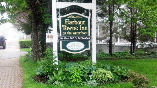 ‪‪Harbour Towne Inn on the Waterfront‬: Hotel Ground‬