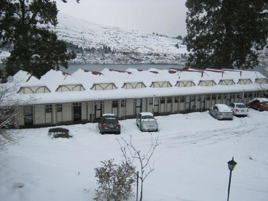 Discovery Sherwood Hotel: Hotel full of snow