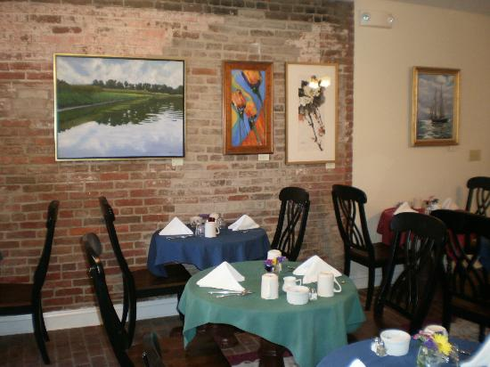 The Old Brick Inn: Dining Room at main house with two-seater tables