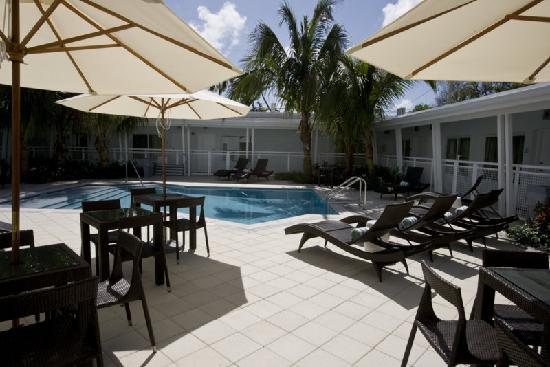 Orchid Key Inn: The sun is shining