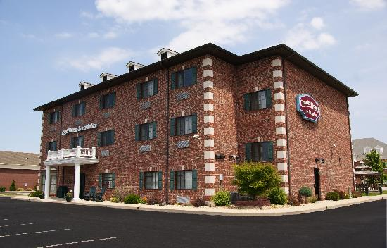 Photo of Country Hearth Inn & Suites Edwardsville
