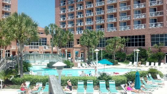 Perdido Beach Resort: At the pool