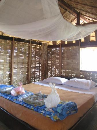 Elephant Conservation Center: Accommodations