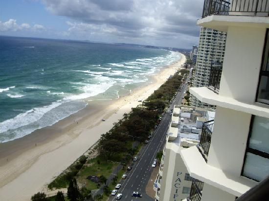 Photo of Hi Surf Beachfront Resort Apartments Surfers Paradise