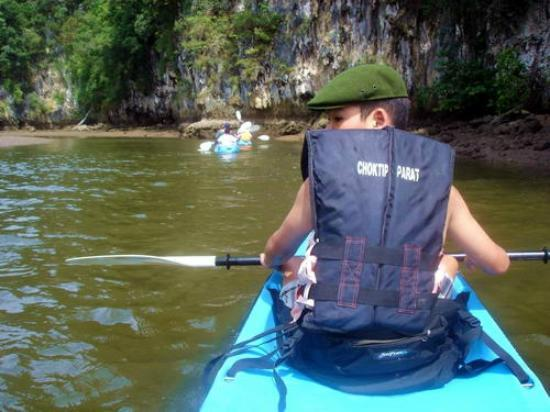 Kayak Tour at Ao Thalane by Krabi Trek: There is a channel between limestone cliffs into which you can Kayak