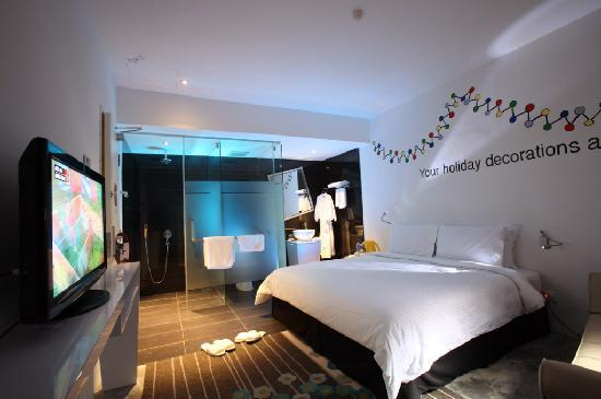 Zoom Inn Boutique Hotel: Room