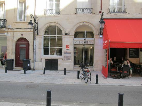 Location of hotel continental picture of hotel continental bordeaux trip - Direct location bordeaux ...