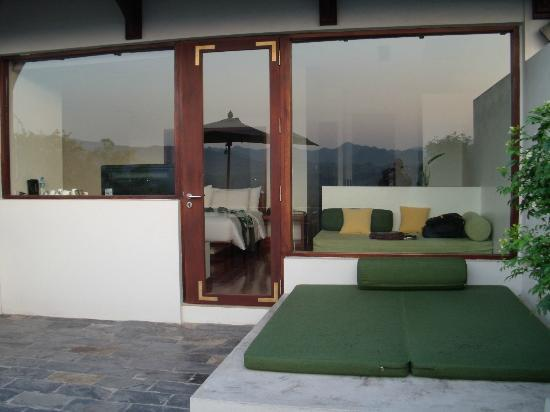 Luang Prabang View Resort: Terrace looking into room/suite