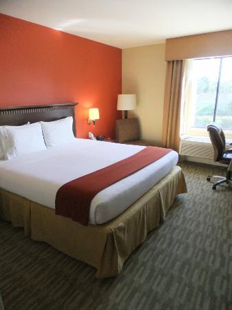 Holiday Inn Express Redwood City: Standard Zimmer