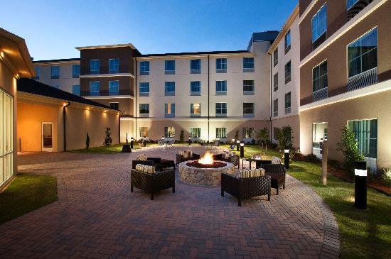 Homewood Suites Fort Worth West at Cityview: Outdoor Lounge