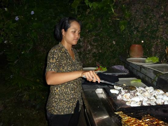 Sienna Villas: bbq night!