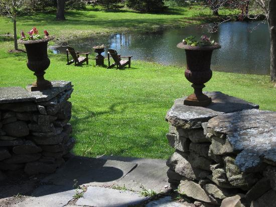 Olde Rhinebeck Inn: View from patio