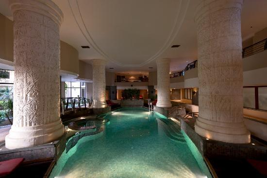Le Meridien St. Julians: Spa indoor pool