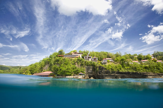Ti Kaye Resort &amp; Spa: Ti Kaye from the Caribbean Sea