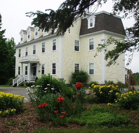 DesBarres Manor Inn