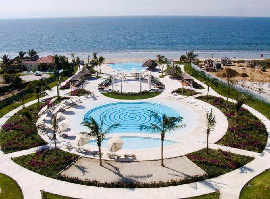 Delcanto Beach Resort