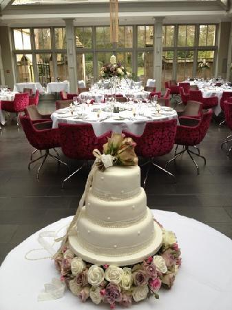 Beautiful weddings at Hampton Manor