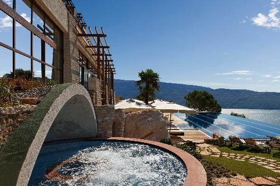 Lefay Resort And Spa Lago di Garda: Whirlpool Fonte Roccolino