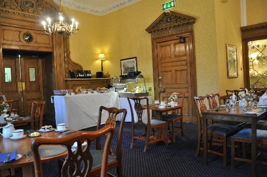 The Royal Scots Club: Dining room where breakfast is served