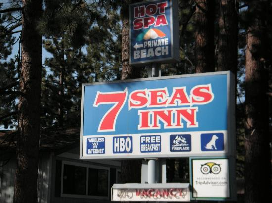 7 Seas Inn at Tahoe: Great Location! 2 Blocks to Beach or Casinos