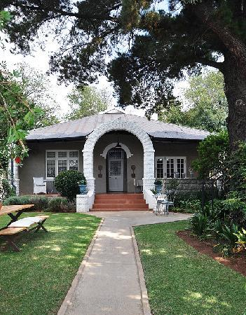 Photo of Ginnegaap Guesthouse Johannesburg