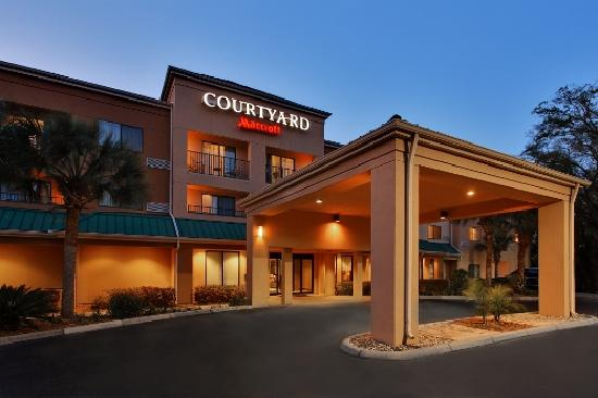 Courtyard by Marriott Gainesville: Exterior