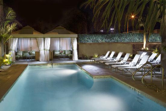 Hotel Amarano Burbank: New Salt Water Pool