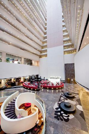 Hilton Brisbane lobby