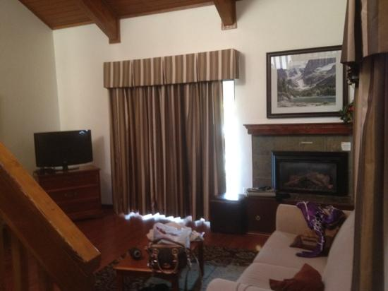 Holiday Inn - Apex Vail: living room