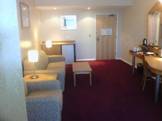 Future Inn Plymouth: Suite area of rooms
