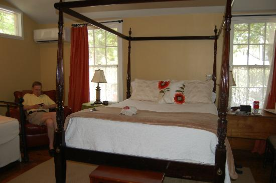 Chimes Bed and Breakfast: Bedroom
