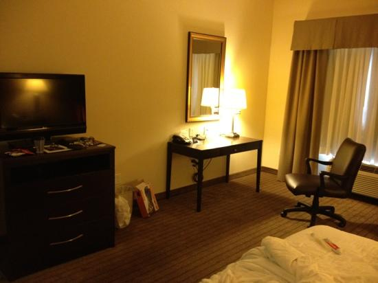 Holiday Inn Express Clovis Fresno Area: desk
