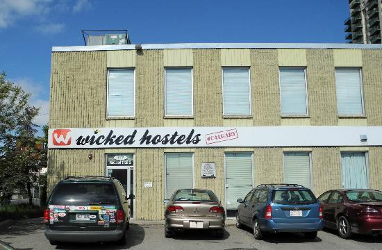 ‪Wicked Hostels - Calgary‬