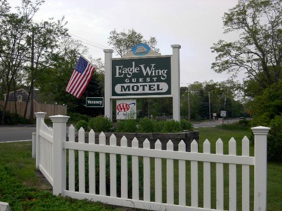 ‪‪Eagle Wing Guest Motel‬: Access from Route 6‬