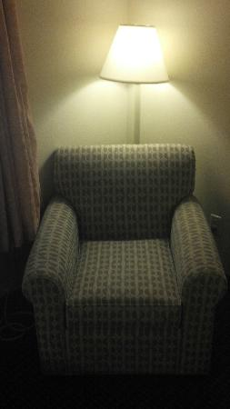 Holiday Inn Express Superior: Lone chair is the furnishing for the room