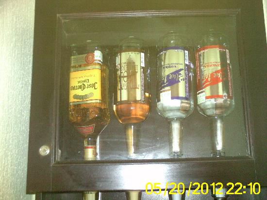 Riu Lupita Hotel: the liquor dispenser