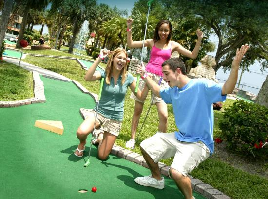 Mountasia Houston: Miniature Golf