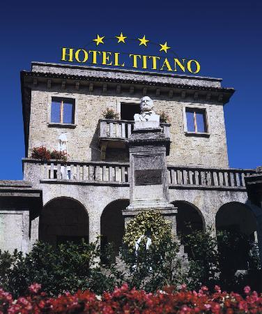 Hotel Titano