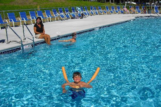 Powder Horn Family Camping Resort: 4 Pools, 2 Hot Tubs
