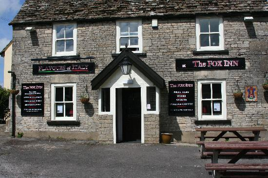 ‪The Fox Inn‬