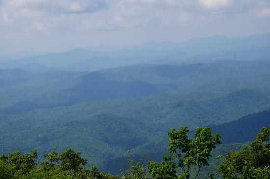 Mountainaire Inn and Log Cabins: What a View from Blowing Rock NC
