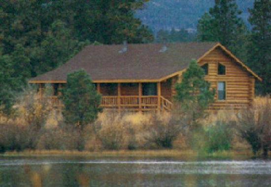 Red Canyon Lodge Cabins