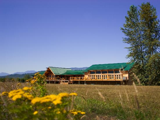 Fraser River Lodge