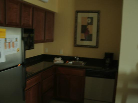 Residence Inn DFW Airport North/Grapevine: Studio Kitchen