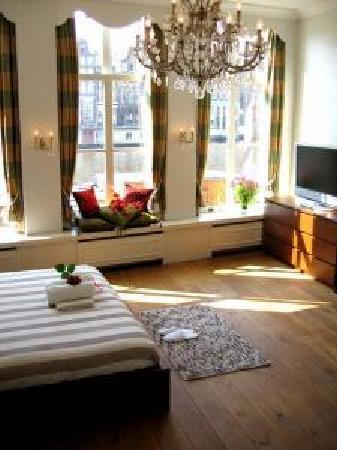 Photo of Amstel Canal Guest House Amsterdam