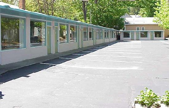 The Lake George Windsor Motel