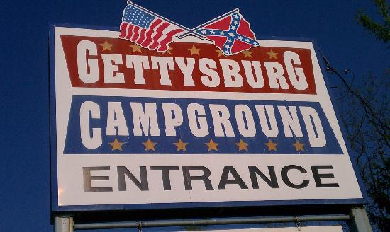 Gettysburg Campground: Entrance to campground