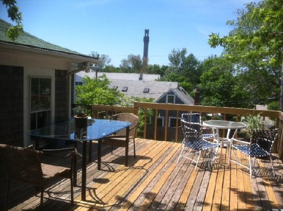 The Elephant Walk Inn: Treehouse Deck B
